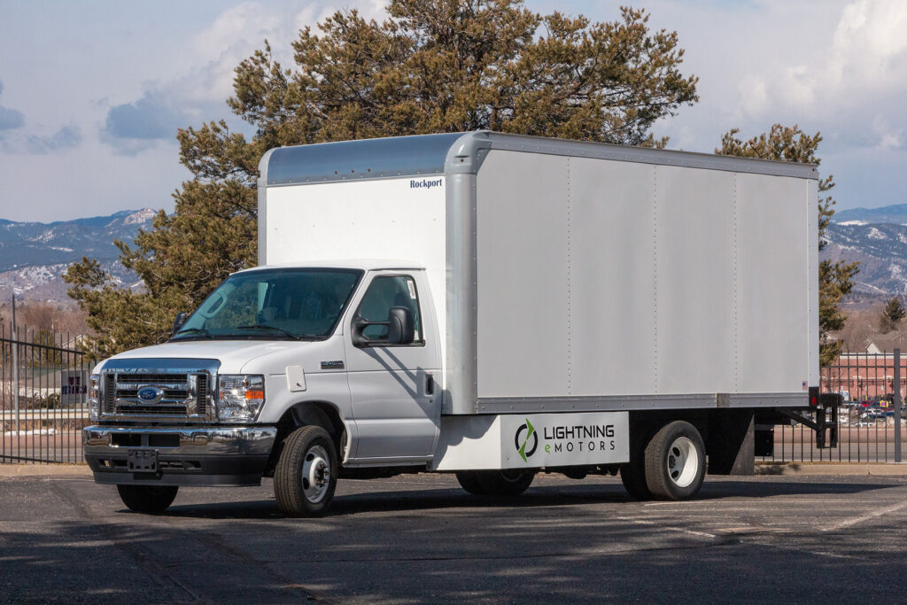 How You Can Manage Medium And Small Sized Trucking Companies Inside a Proficient Manner