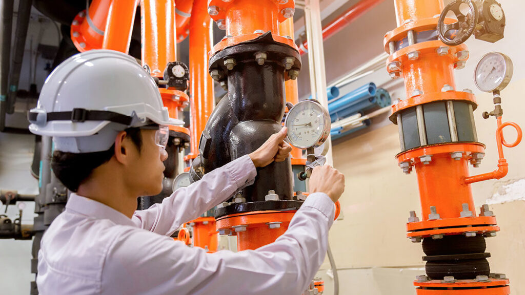 Why You Should Make use of a Commercial Services Maintenance Company